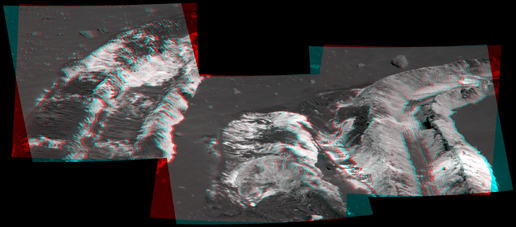 Bright Soil Near 'McCool'(3-D)
