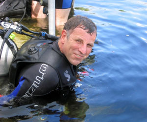 Dave Williams participates in NEEMO 7 training dive