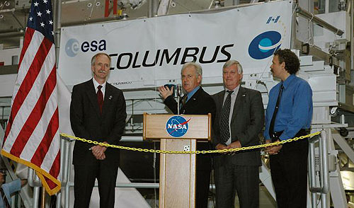 William Gerstenmaier, Alan Thirkettle, Jim Kennedy and Russell Romanella at Columbus welcoming ceremony