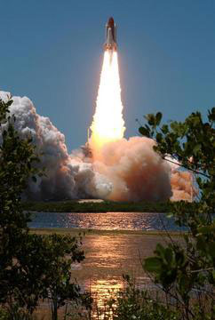 Liftoff of Space Shuttle Discovery on mission STS-121.