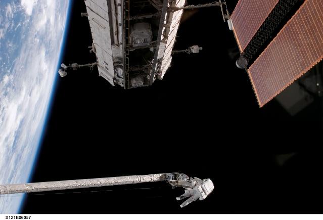 Astronauta Piers J. Sellers - Imagen: NASA TV