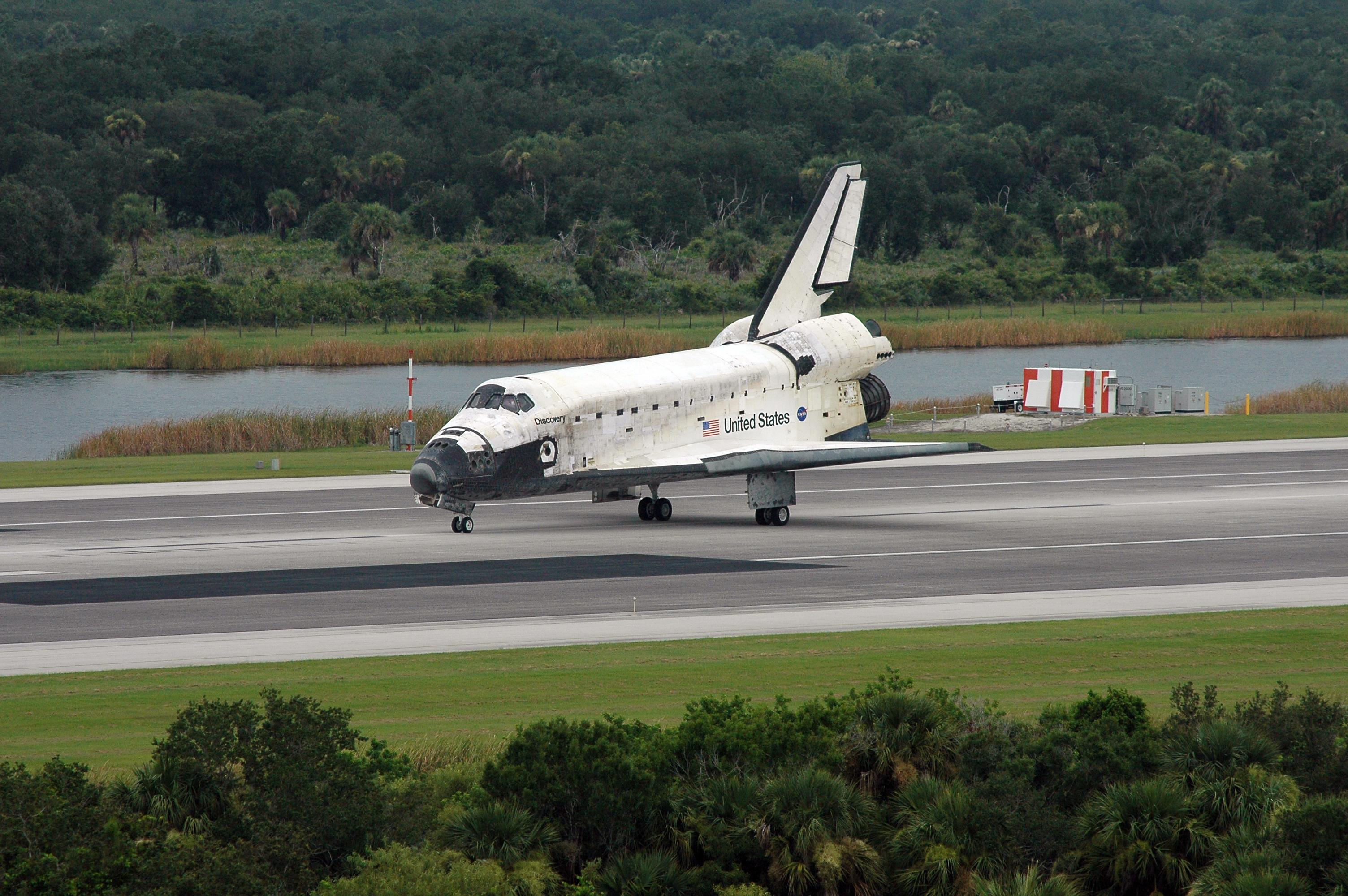 space shuttle landing length - photo #11