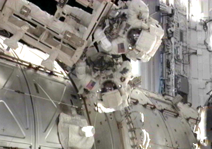 Spacewalkers Andrew Feustel and Mike Fincke