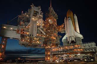 El Atlantis aguarda en el Pad 39B. Imagen: NASA