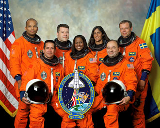space shuttle discovery crew - photo #2
