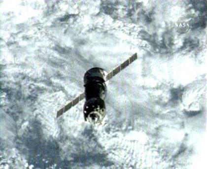 Expedition 17 Soyuz TMA-12 Docking