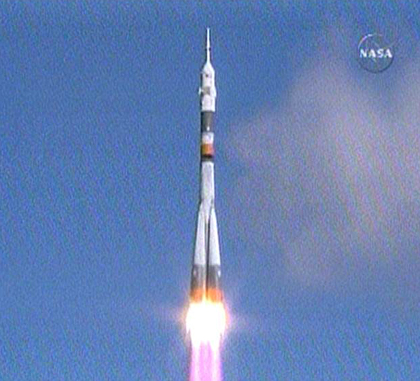 Launch of Expedition 18 aboard a Soyuz rocket