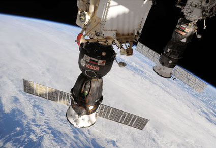 ISS024-E-007122: Soyuz TMA-19 and ISS Progress 37