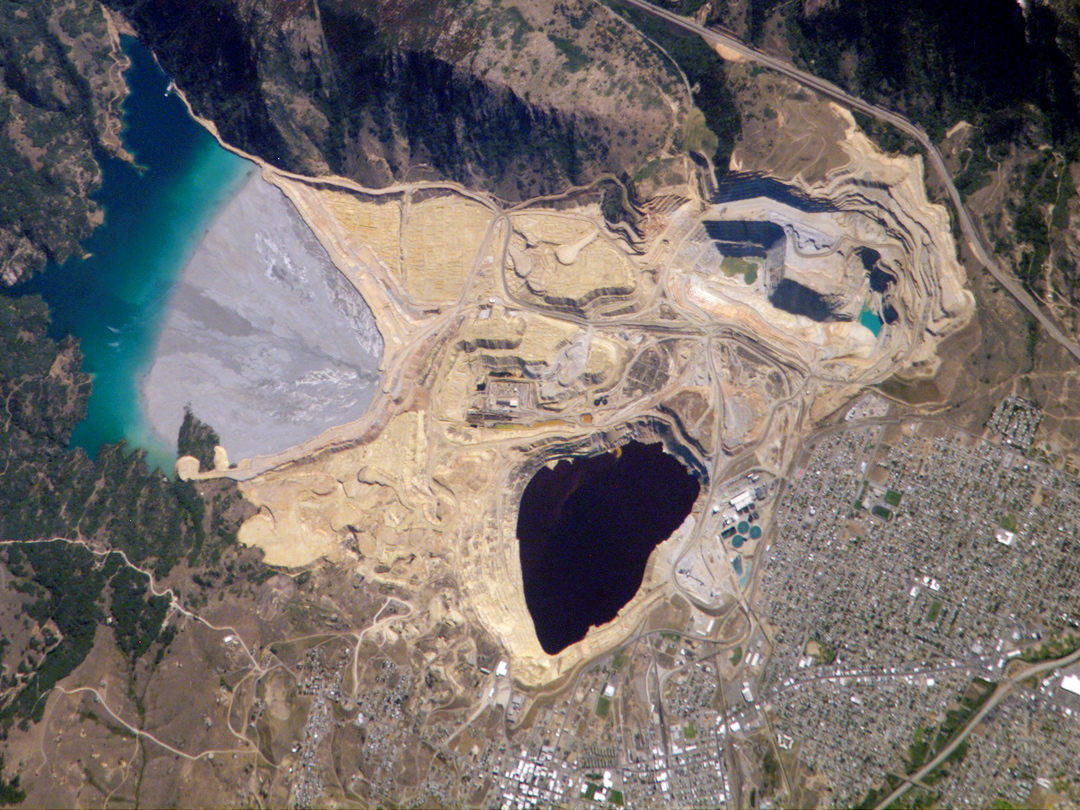 NASA. Berkeley Pit: Butte, Montana.