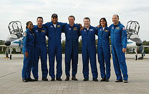 KSC-06PD-2641--  The STS-116 crew