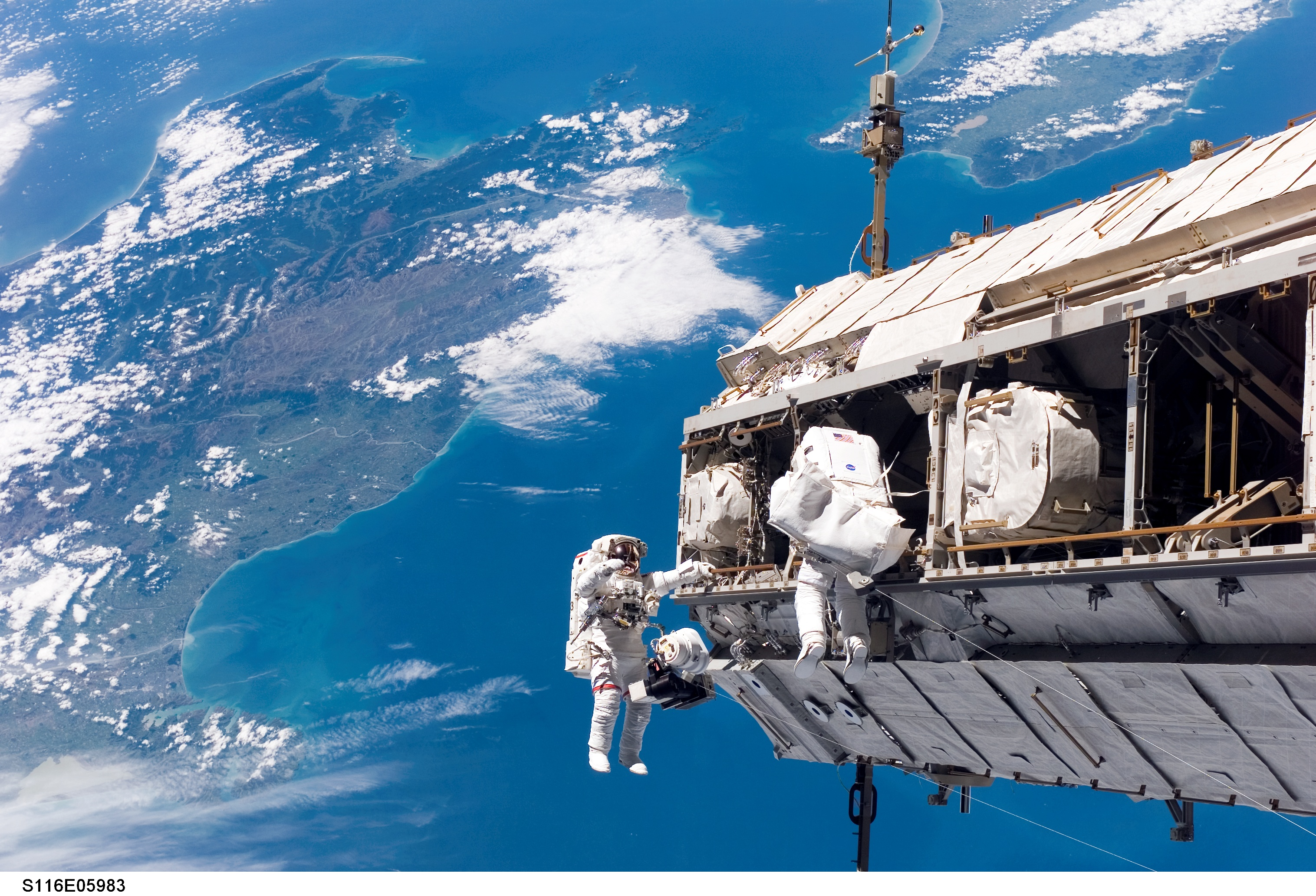 Stunning Space Station View Of New Zealand Robinz