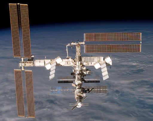 S116-E-07153 : International Space Station on Dec. 19, 2006