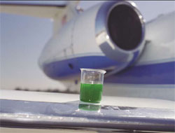 Anti-icing agent on an airplane wing