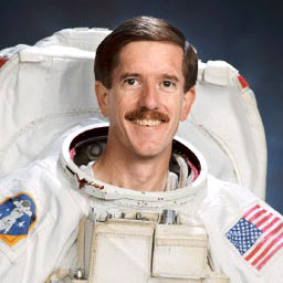 s98-00122 -- STS-117 Mission Specialist James Reilly