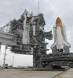 Space Shuttle Atlantis arrives at Pad 39A