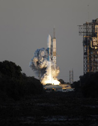 Delta II rocket launches THEMIS