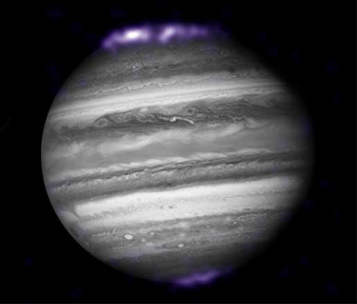 Chandra examines Jupiter during New Horizons approach.