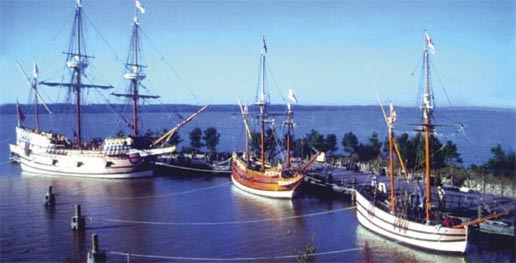 Reconstructions of the Susan Constant, Discovery and Godspeed.