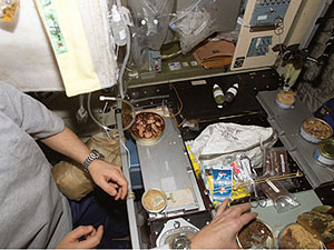 ISS014-E-20133 - View of the galley in the Zvezda Service Module