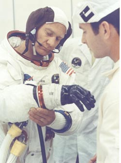 Ron Woods helped Buzz Aldrin suit up for the Apollo 11 flight.