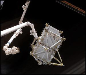 The two robotic arms can be seen with the P5 truss segment