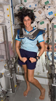 ISS015-E-08337 : Sunita Williams with exercise device