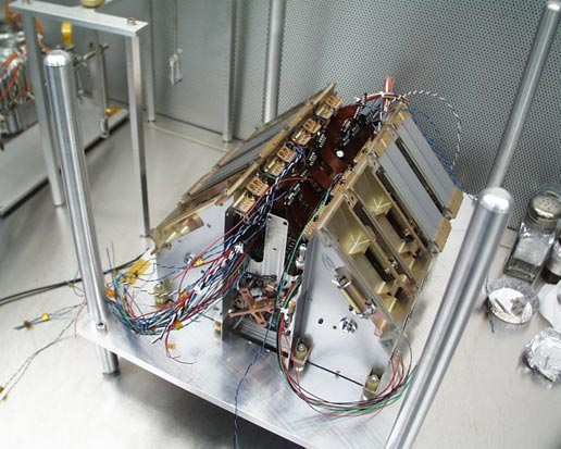 Thermal and Evolved Gas Analyzer without the manifold