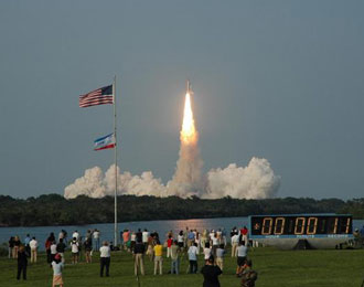 Launch of STS-118