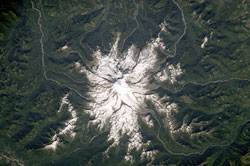 ISS015-E-17020 --- Mount Rainier in Washington