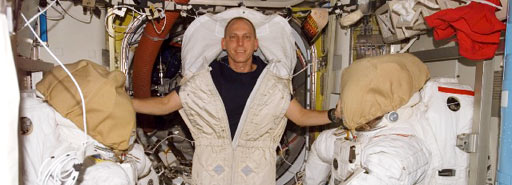 iss015e18168 -- Expedition 15 Flight Engineer Clay Anderson