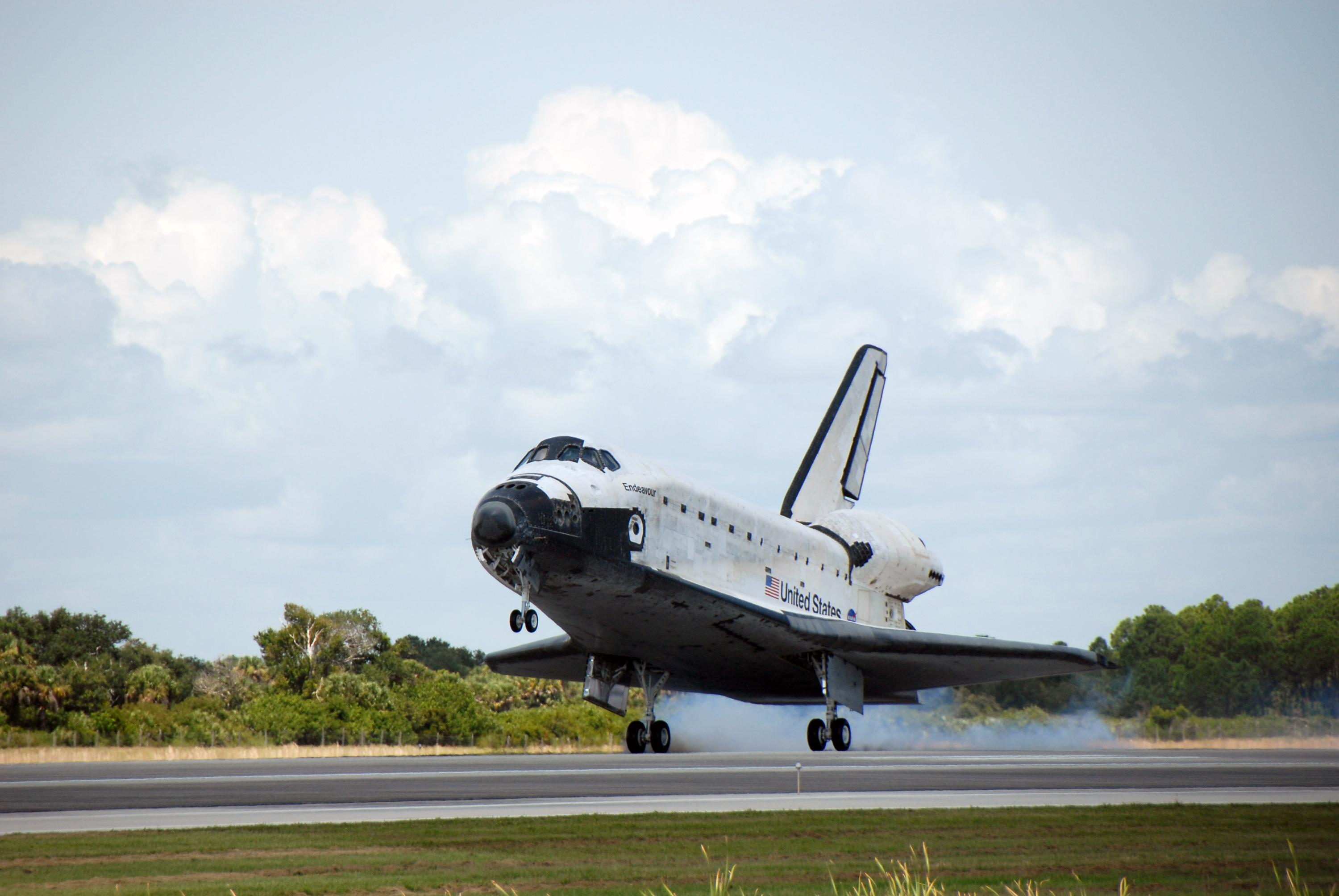 space shuttle after landing - photo #37