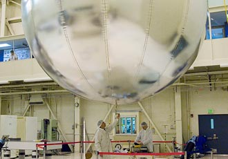 http://www.nasa.gov/images/content/187968main_balloon-8-27-07-330.jpg