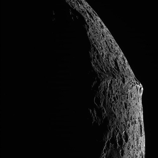 during its close flyby of Saturn s moon Iapetus on September 10Iapetus