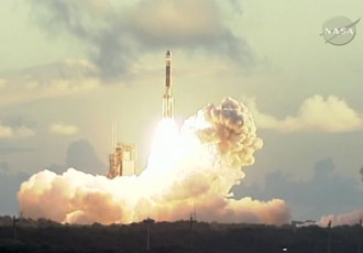 Dawn spacecraft launch