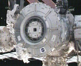 196736main_exp16_spacewalk2_small.jpg