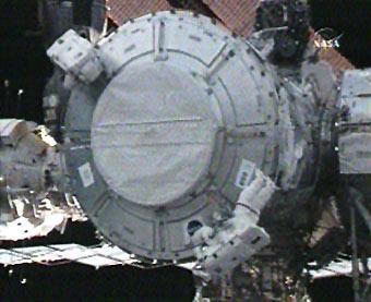 196736main_exp16_spacewalk_small.jpg