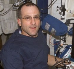 Space station science officer Don Pettit