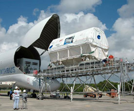 The Columbus module is moved from the airbus to a transportation platform