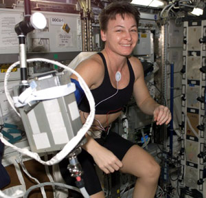 iss005e19968 - Astronaut Peggy Whitson