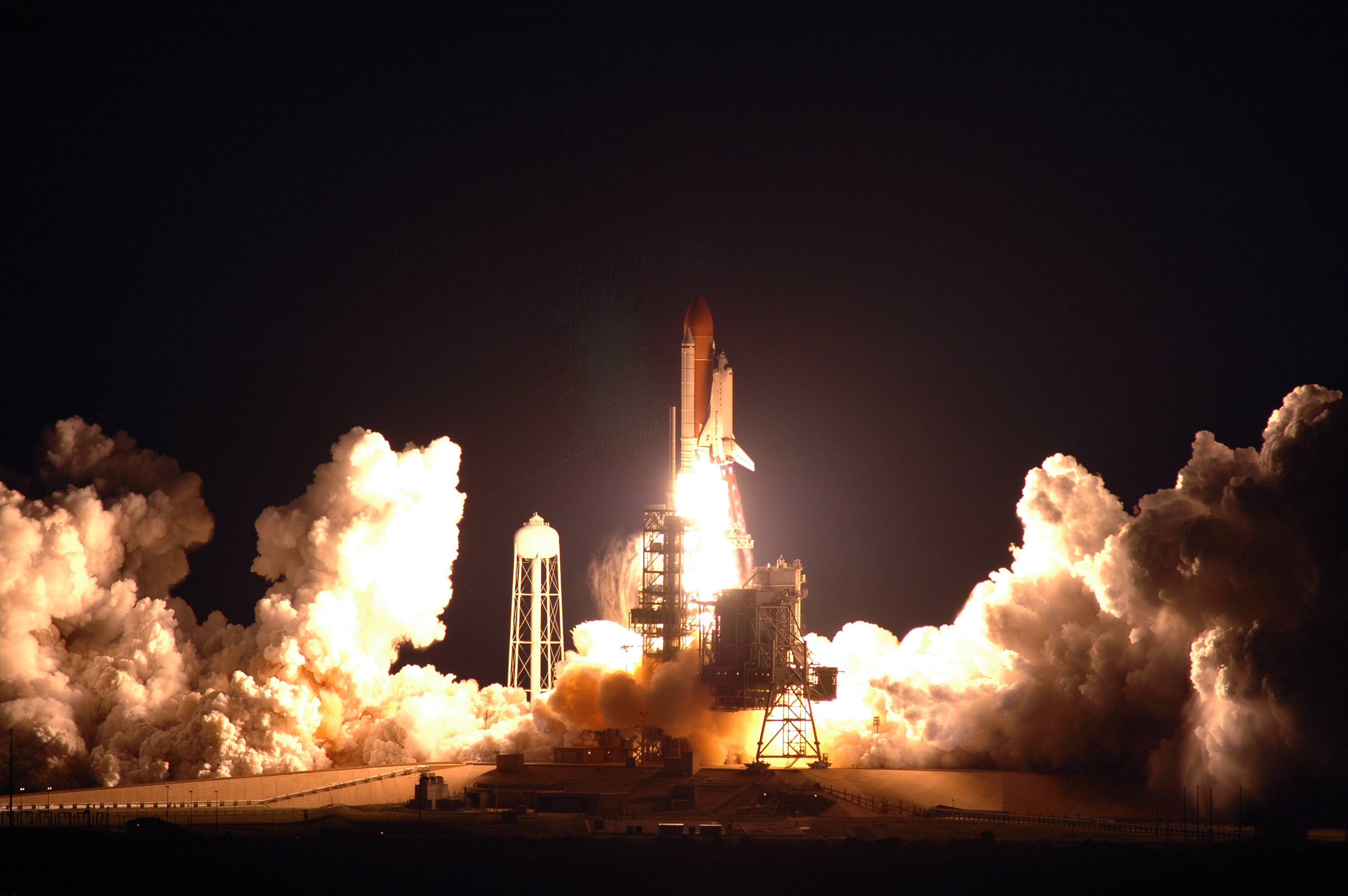 Nights Endeavour Liftoff