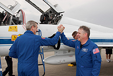 Mission Specialist Rick Linnehan and Pilot Gregory H. Johnson