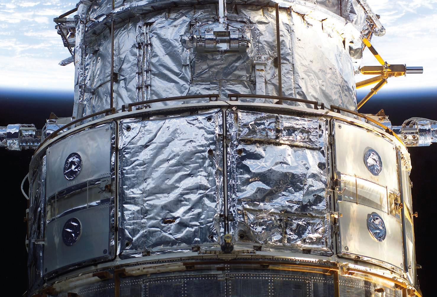 Nasa Hubble Space Telescope Servicing Mission 4 New