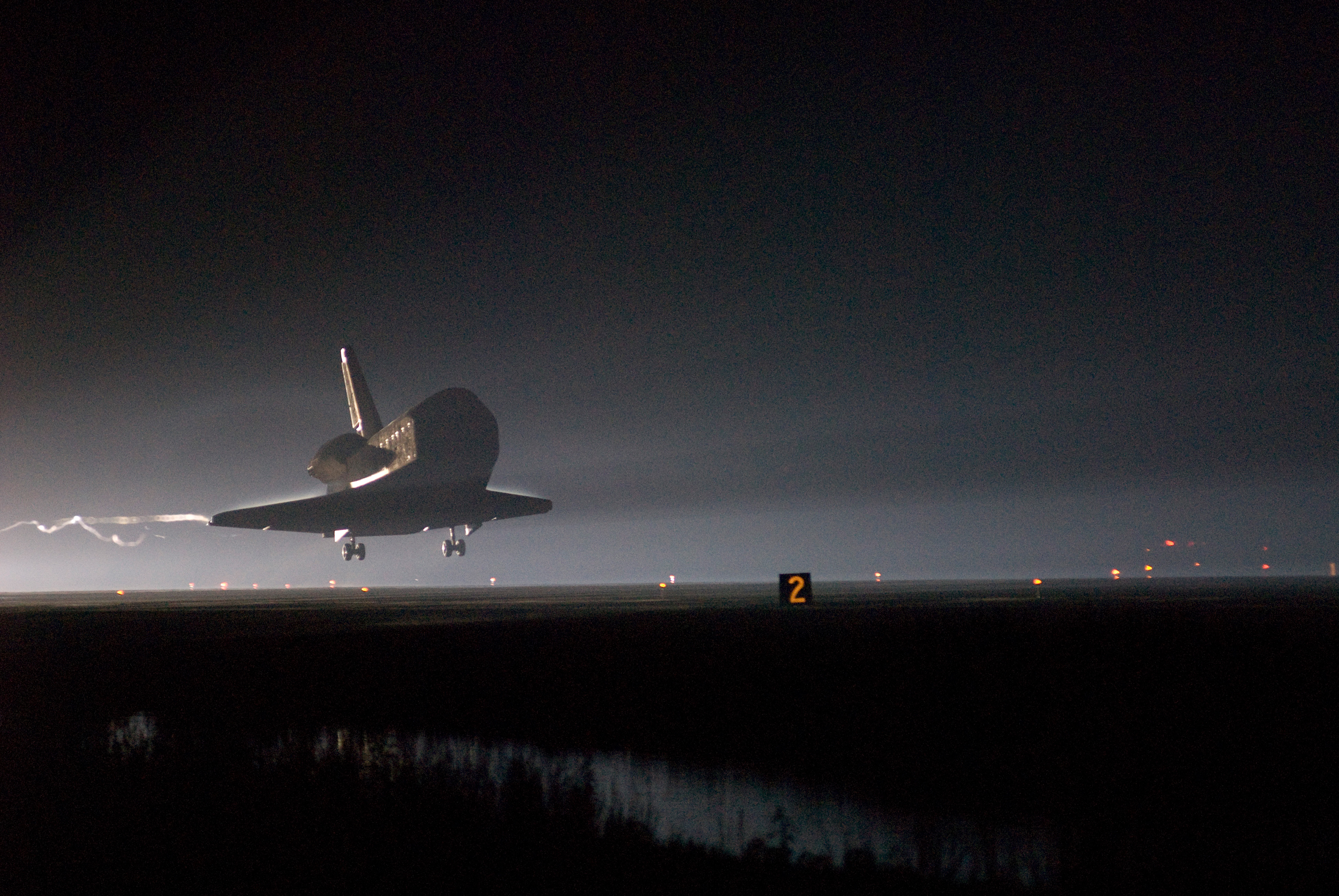 space shuttle landing from inside - photo #43