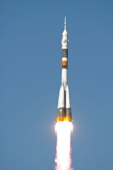 Expedition 17 launch