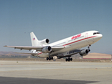 The L-1011 takes off carrying the Pegasus XL rocket