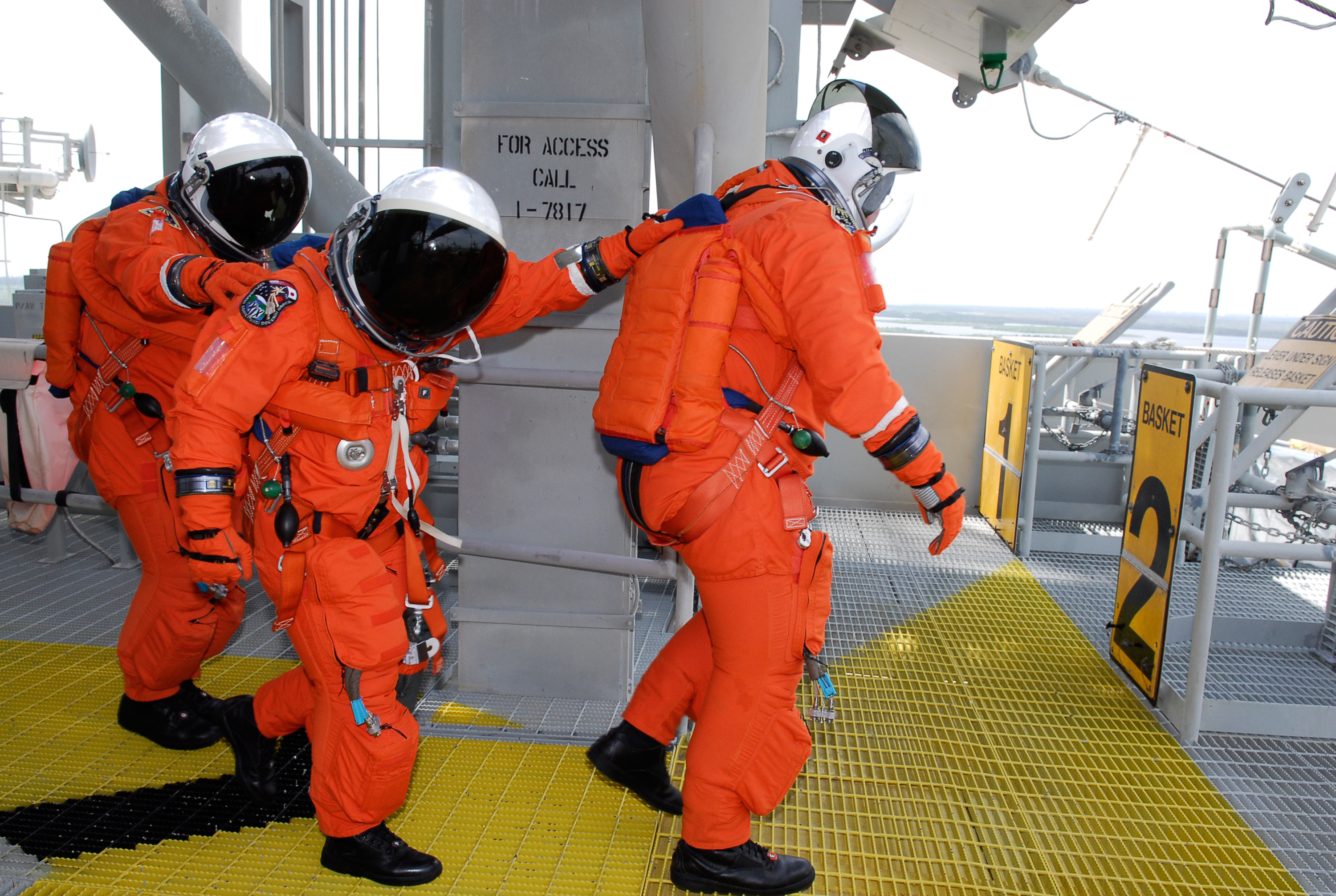 supply oxygen for astronauts - photo #19