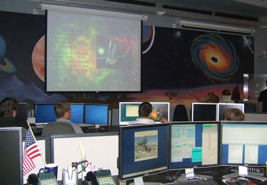 Students working in the GAVRT control room