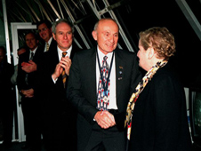 Former Launch Director Bob Sieck talks with then-Secretary of State Madeliene Albright.