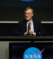 Proud scientist - John Mather meets the press at NASA Headquarters the day in 2006 he was informed about his Nobel Prize.