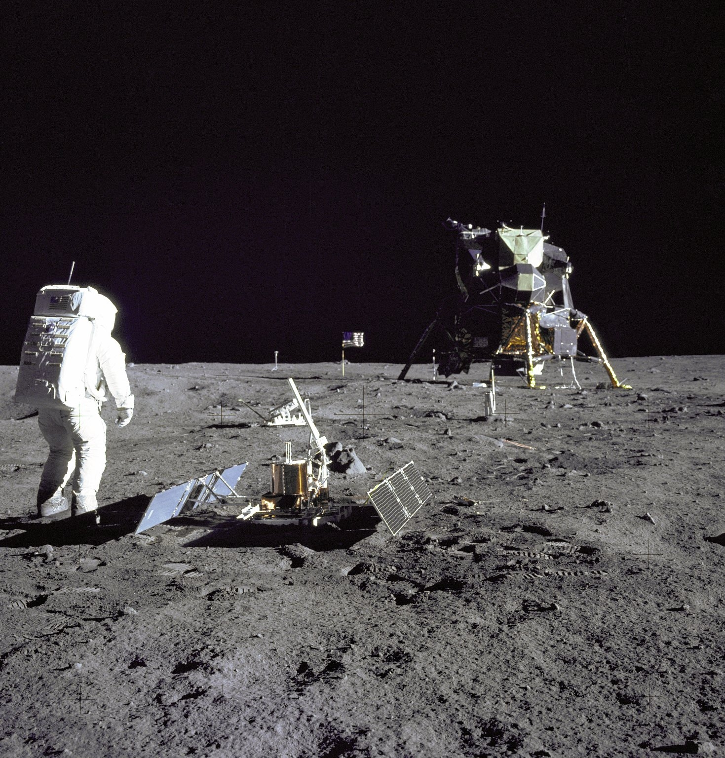 NASA - Robot Scout: Fly Me (Safely) to the Moon